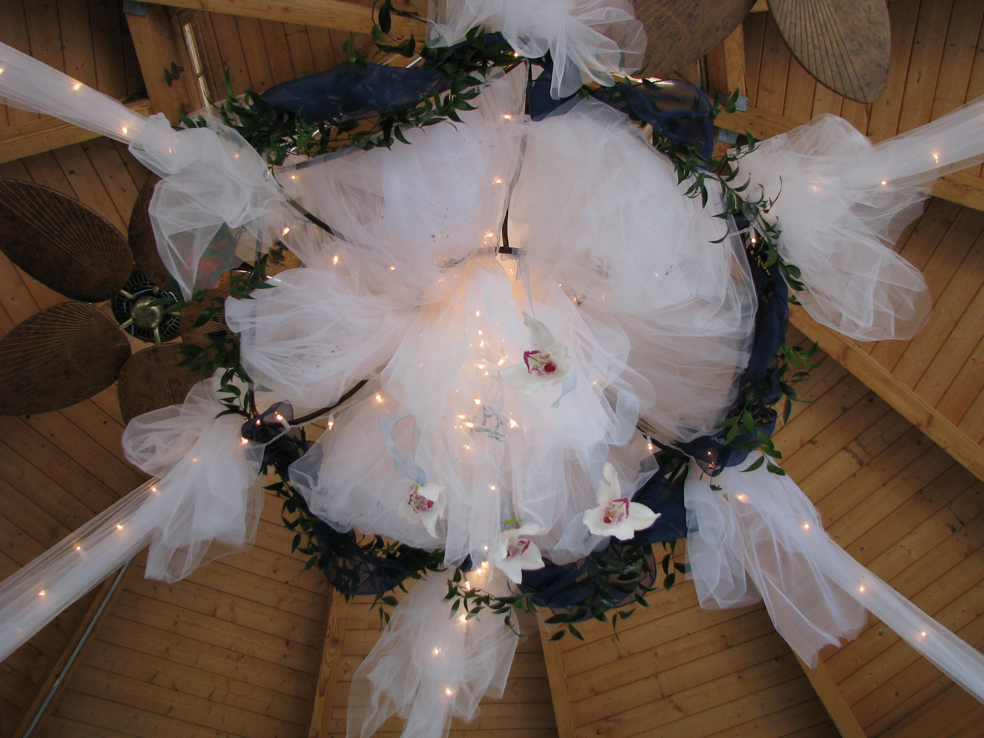 ceiling-decoration.JPG